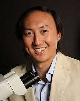 David Hu, co-winner of AIP's 2019 Science Writing, Books award