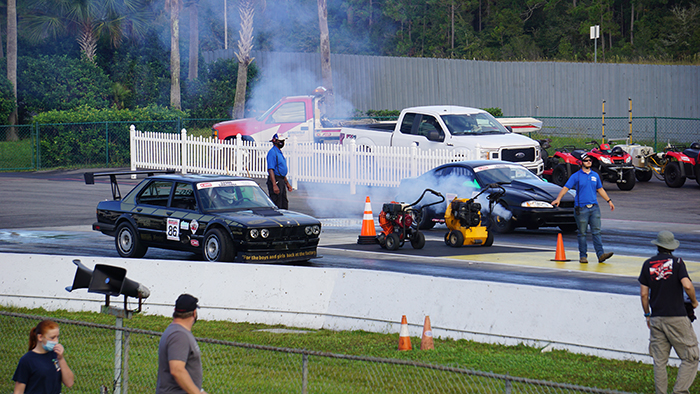 Drag racing competition